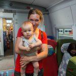 Вход и расположение мест для мамы с ребенком в вагоне № 10
